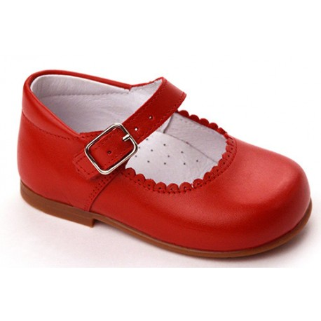 Mary Janes in rot