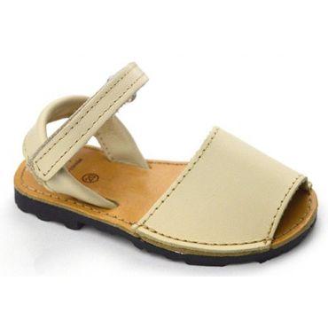 Beige Menorquinas Sandalen mit Klettverschluss